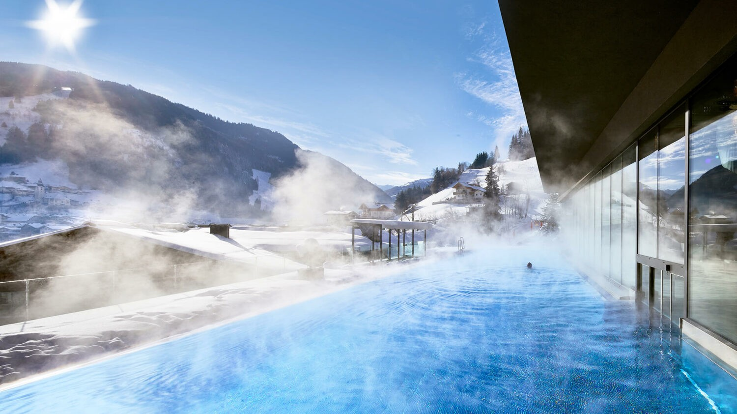 hotel-edelweiss-winter-pool