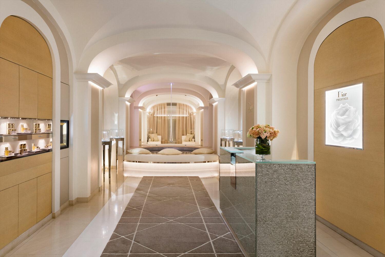 hotel-plaza-athenee-dior