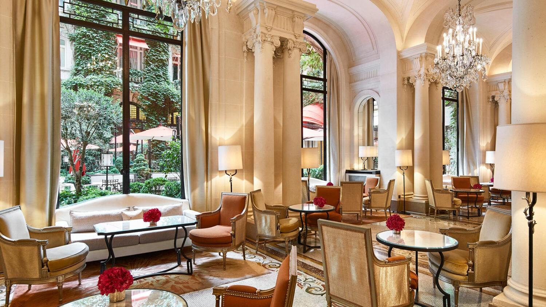 hotel-plaza-athenee-galerie