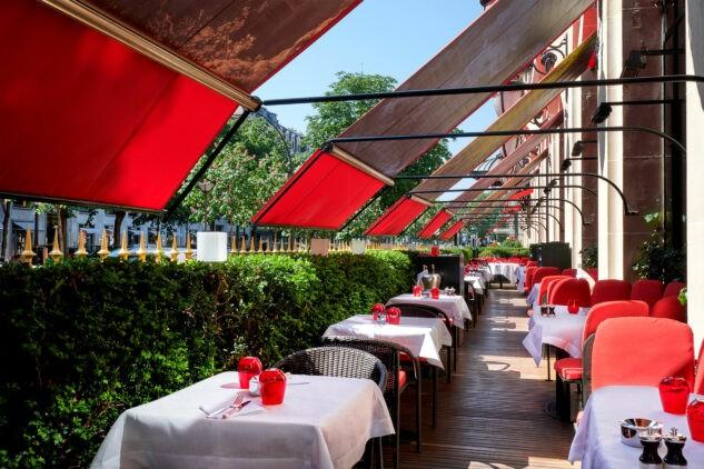 hotel-plaza-athenee-terrace-montaigne