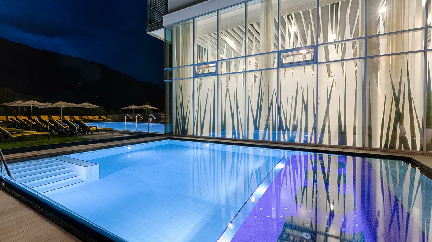 kempinski-das-tirol-outdoor-pool
