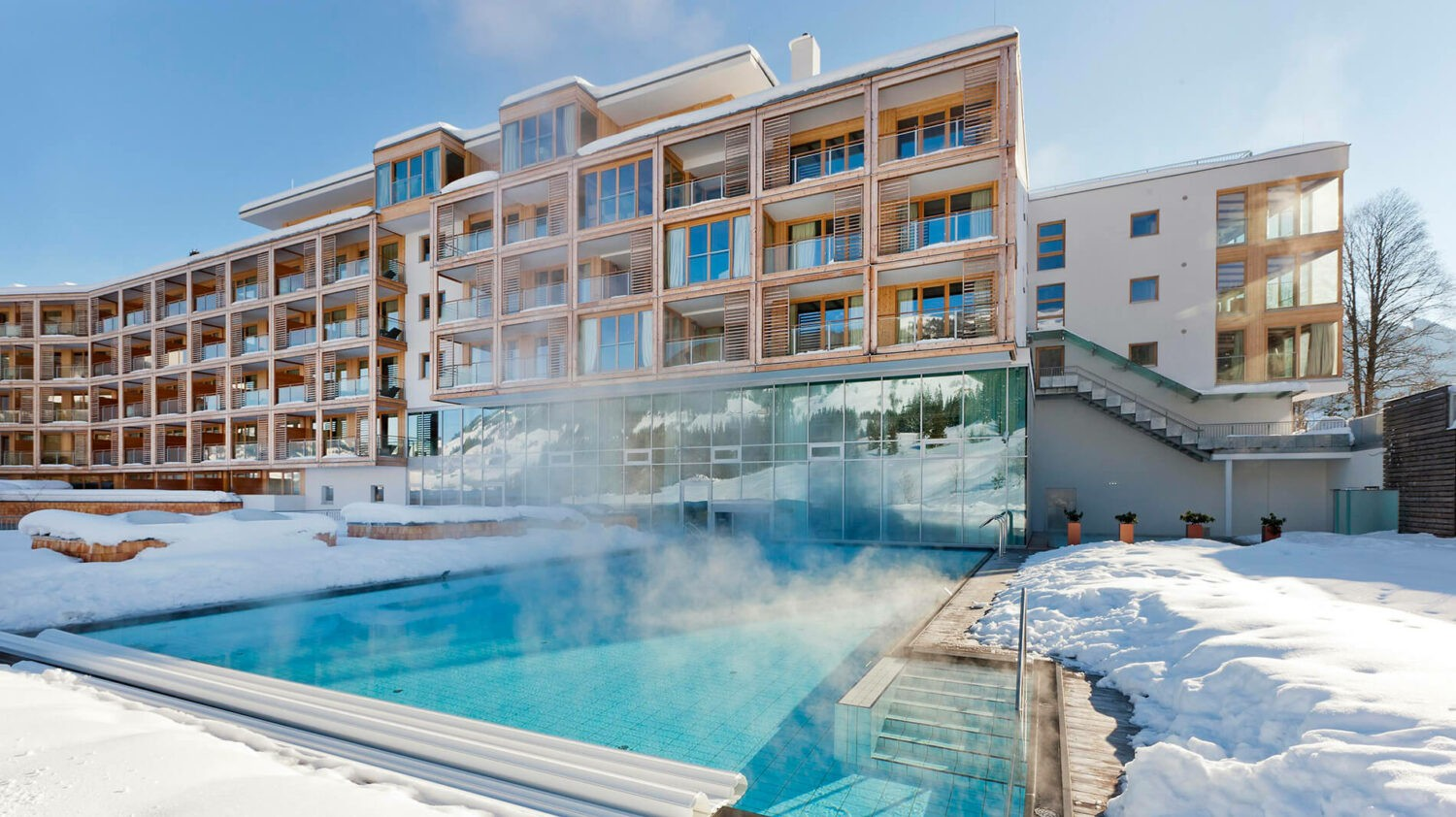 kempinski-das-tirol-winter-pool