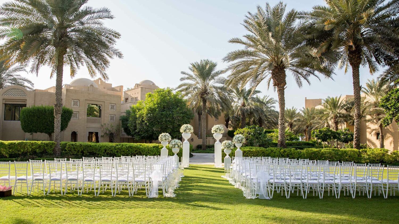 one-only royal mirage dubai-wedding-setup-garden