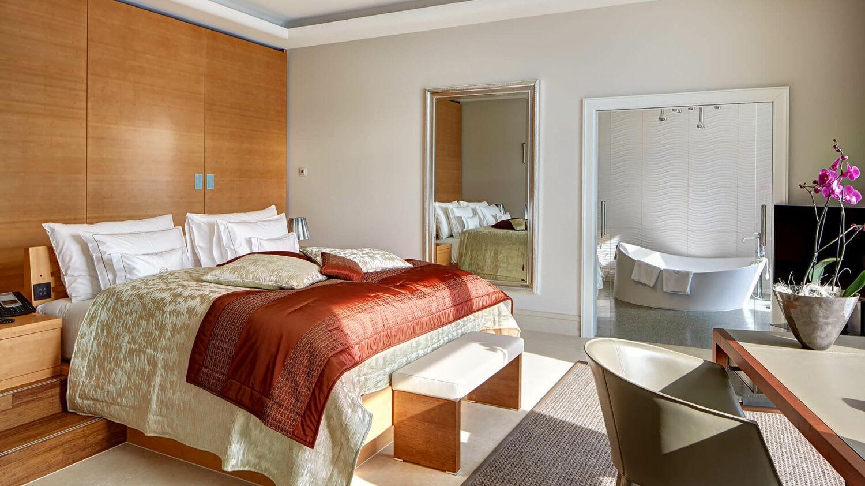 park hotel vitznau switzerland-bedroom
