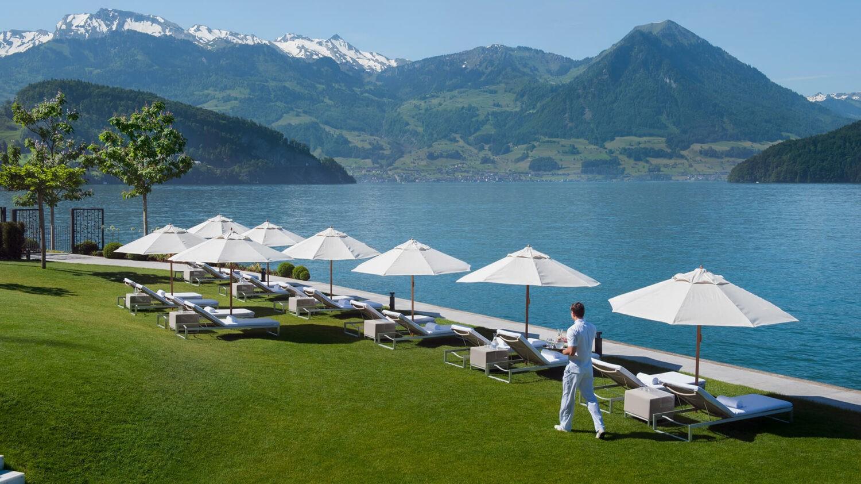 park hotel vitznau switzerland-garden