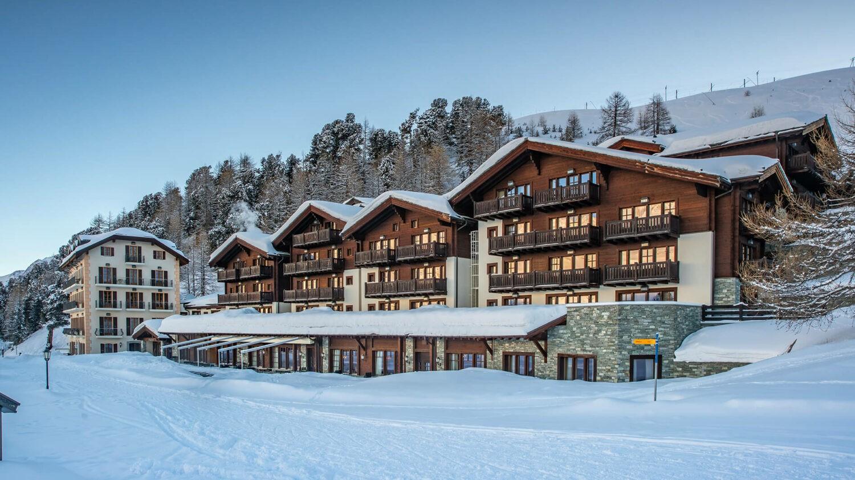 riffelalp-resort-hotel-exterior