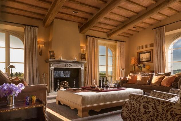 rosewood-castiglion-del-bosco-villa-sant-anna-living-room