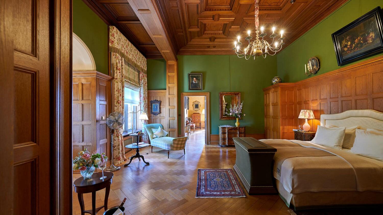 schlosshotel kronberg germany-bedroom