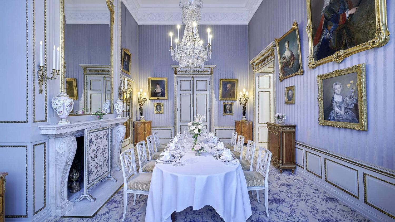 schlosshotel kronberg germany-blue-salon