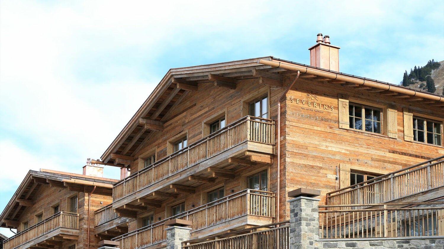 severin-s-alpine-retreat-hotel-front