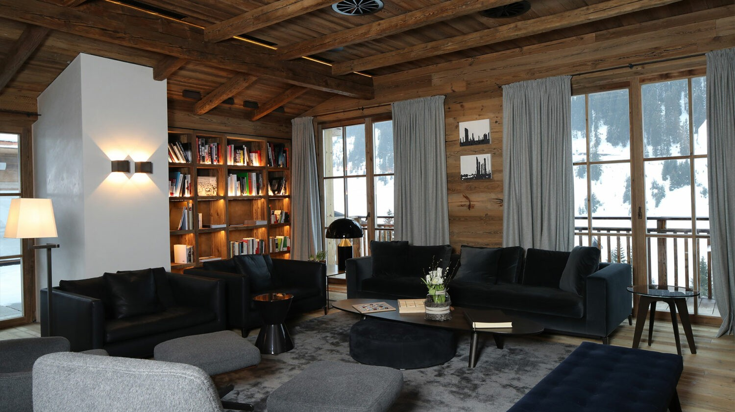 severin-s-alpine-retreat-lounge