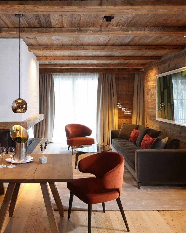 severins-alpine-retreat-senior-suite-table-living-area