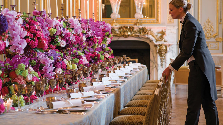 shangri-la hotel paris-table-setup