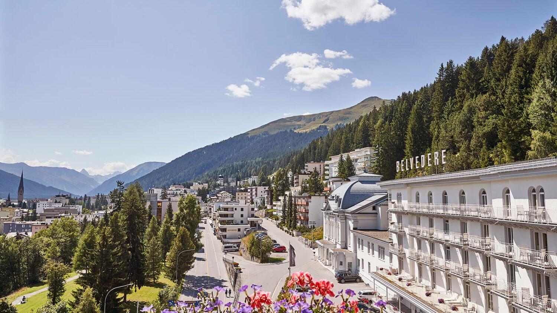 steigenberger-grandhotel-belvédère-davos-exterior