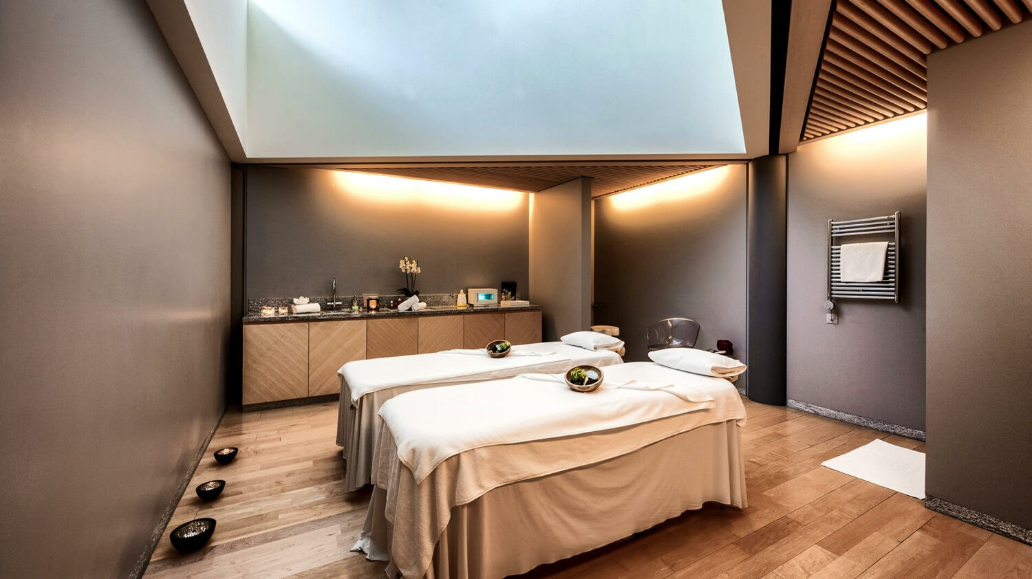 tschuggen-grand-hotel-spa-treatment-room