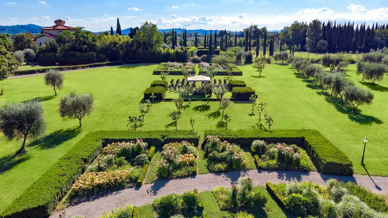 villa la massa italy-garden