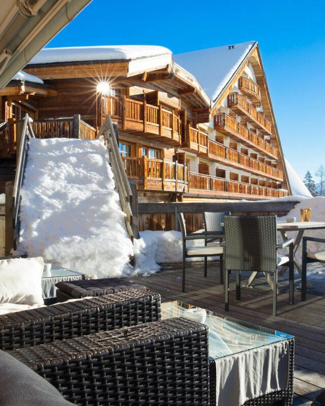 Hostellerie-du-Pas-de-l'Ours-outdoor-area-toplists