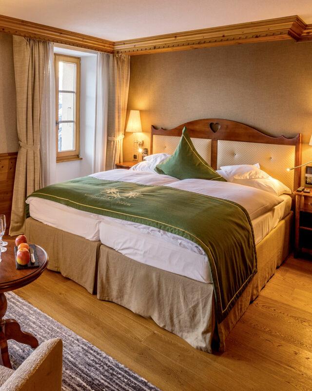 Riffelalp--double-room-Matterhorn-classic-toplists