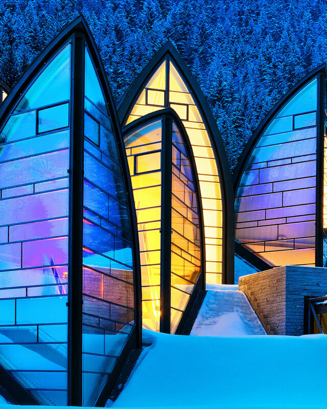 Tschuggen-Grandhotel-Bergoase-Spa-exterior-toplists