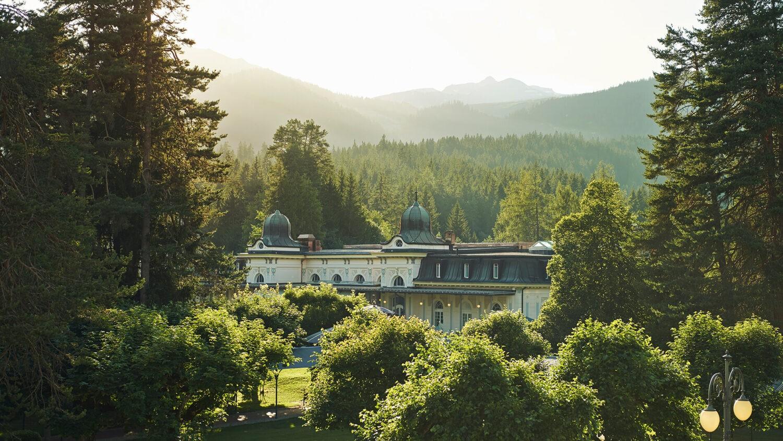 Waldhaus-Flims-Wellness-Resort_Pavillon_Summer