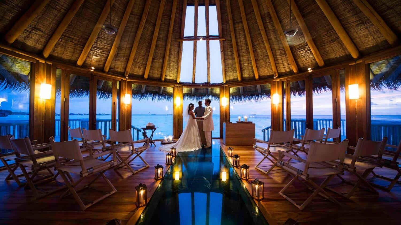 gili lankanfushi maldives-wedding-setup