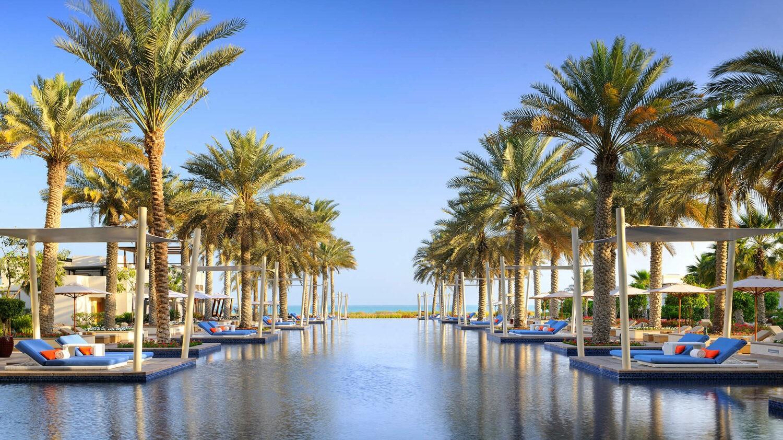 park hyatt abu dhabi-hotel-main-pool