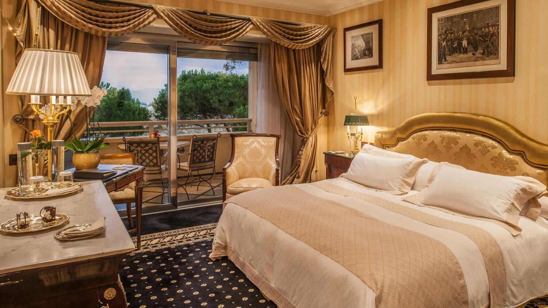 rome cavalieri, a waldorf astoria resort-bedroom