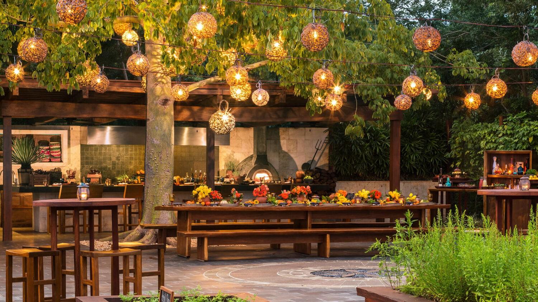 rosewood mayakoba mexico-romantic-dinner