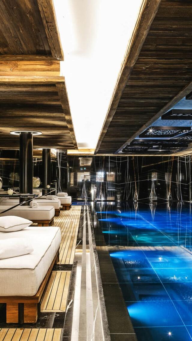 ultima-gstaad-spa-pool-area