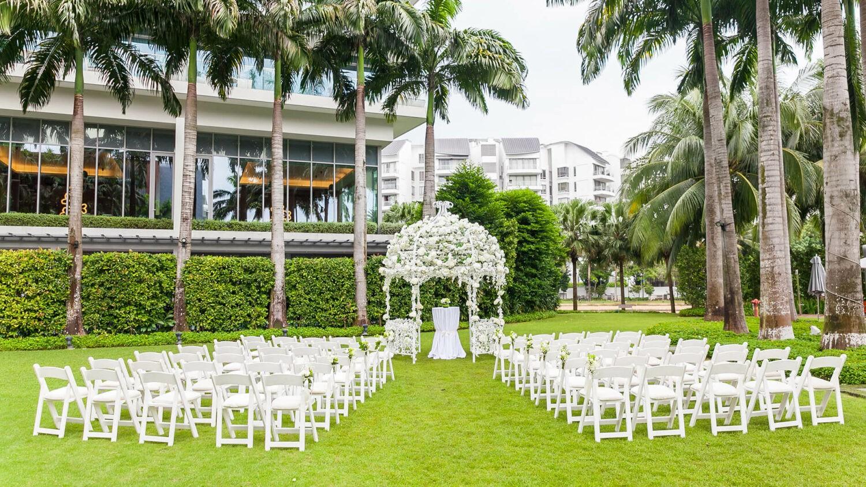 w singapore – sentosa cove singapore-lawn-wedding