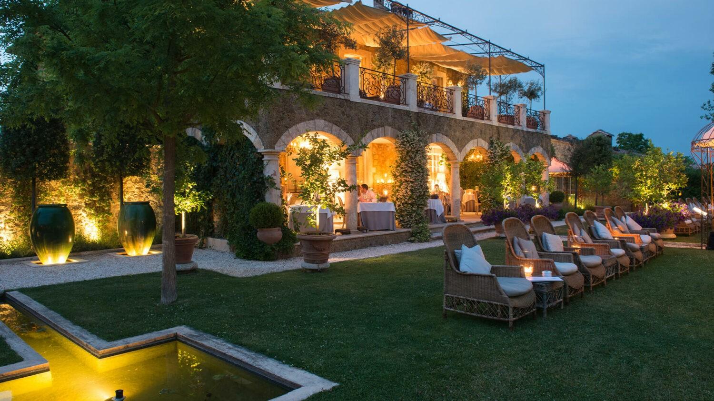 Borgo-Santo-Pietro Restaurant-Meo-Modo-Exterior