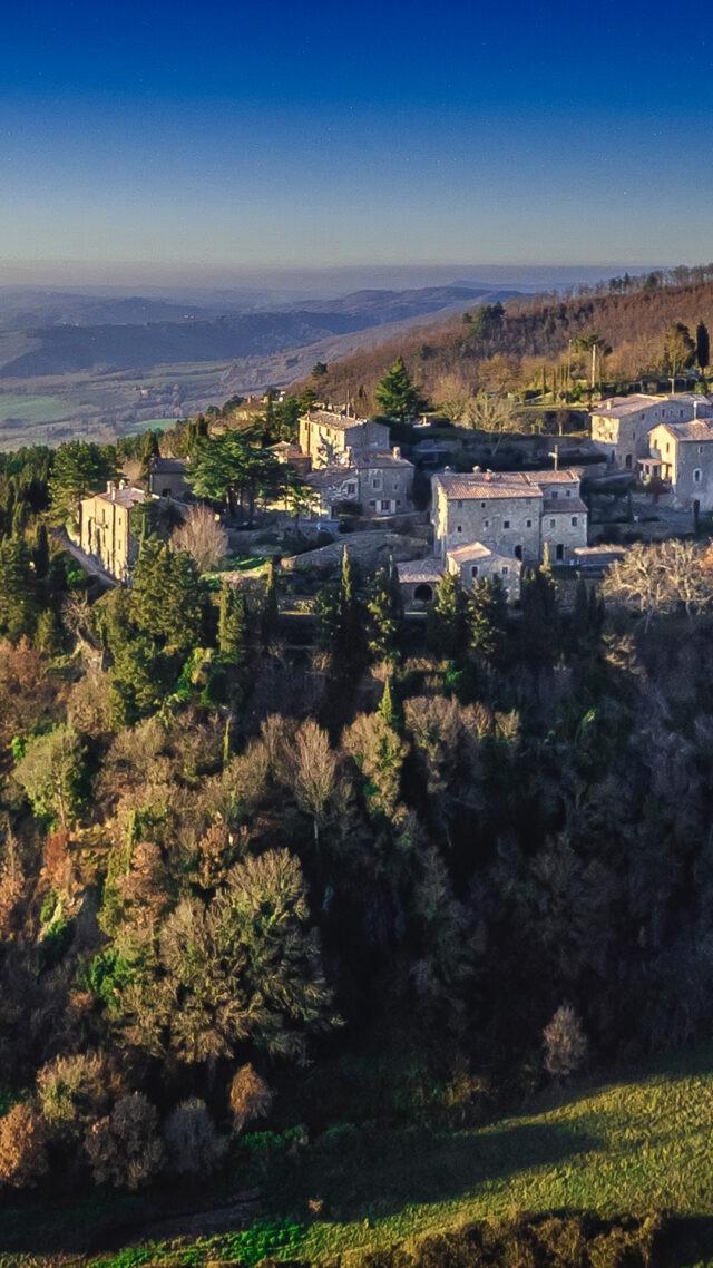 monteverdi-tuscany-exterior-mobile