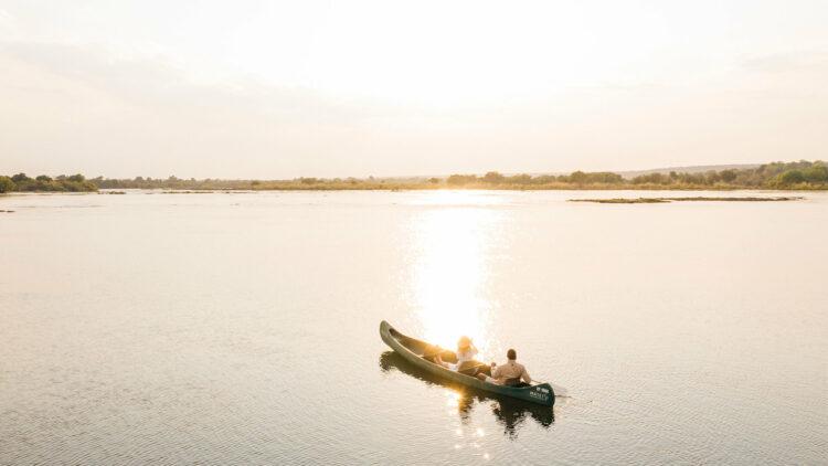 matetsi-victoria-falls-canoe-tour