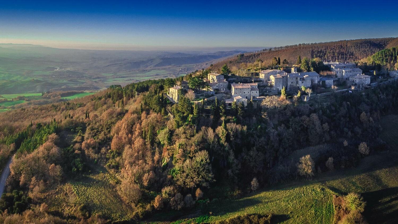 monteverdi-tuscany-location-drone-shot