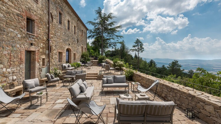 monteverdi-tuscany-terrace