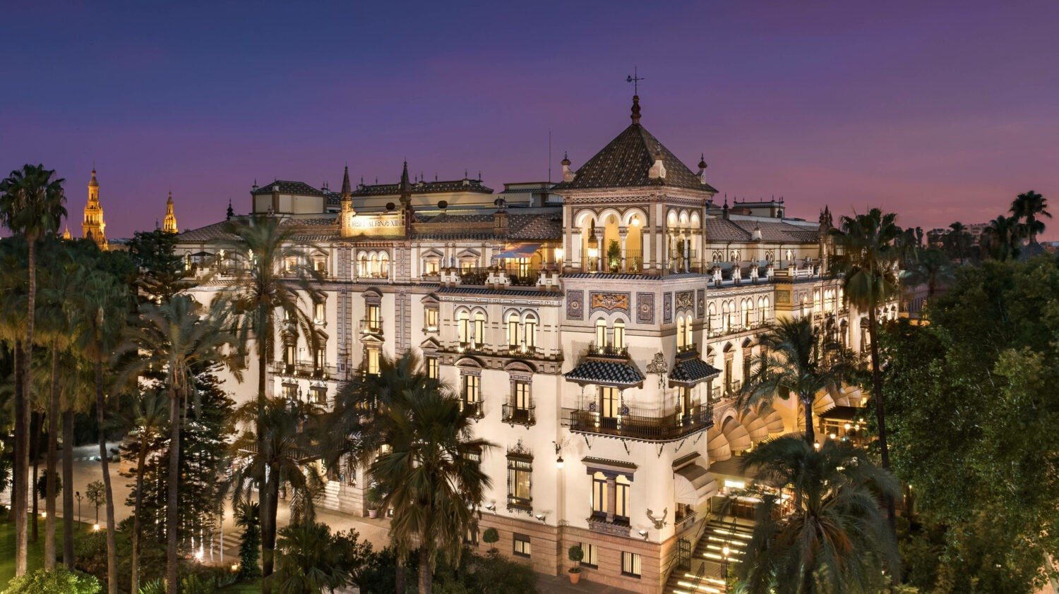 Hotel Alfonso XIII Exterior