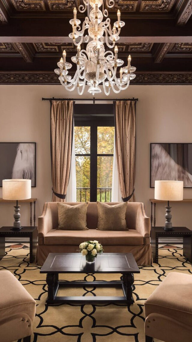 Hotel_Alfonso_XIII-grand-suite-mobile