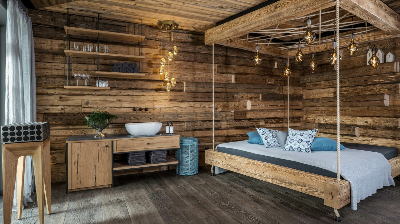 Senhoog_Gipfelkreuzliebe-spa-free-hanging-lounger