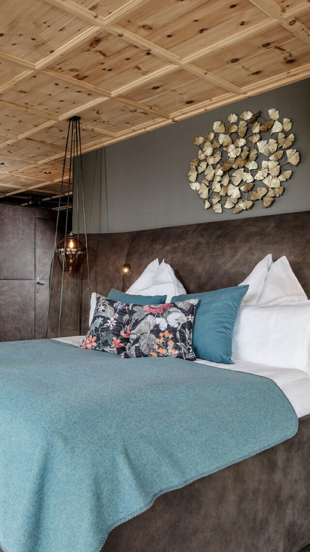 Senhoog_master-bedroom-mobile