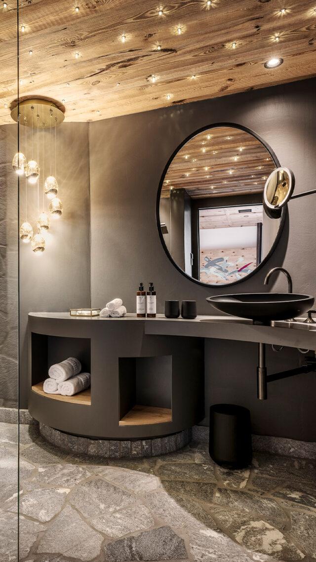 Senhoog_small-bathroom-mobile