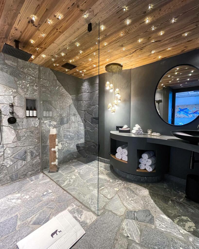hotels-in-heaven-senhoog-leogang-bathroom-lights