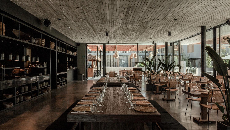 oku_ibiza_restaurant_table