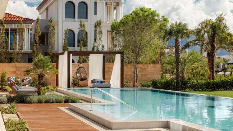 OO_Portonovi_VillaOne_garden_pool