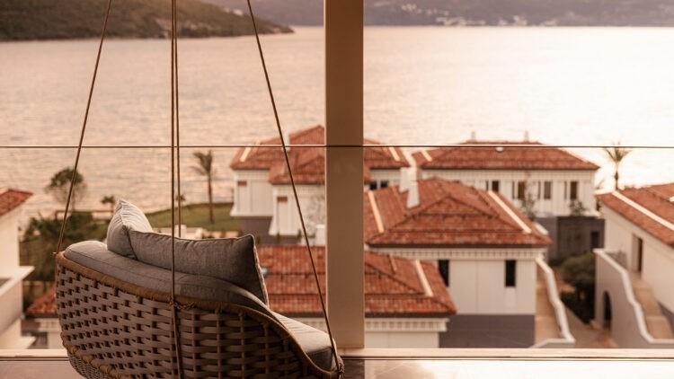 OO_Portonovi_suite_balcony_sunset