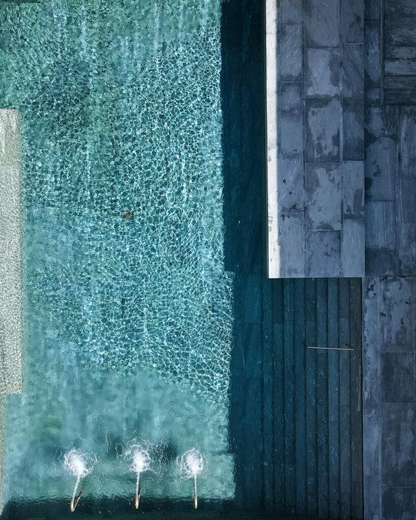 hotels_in_heaven_7132_pool_view