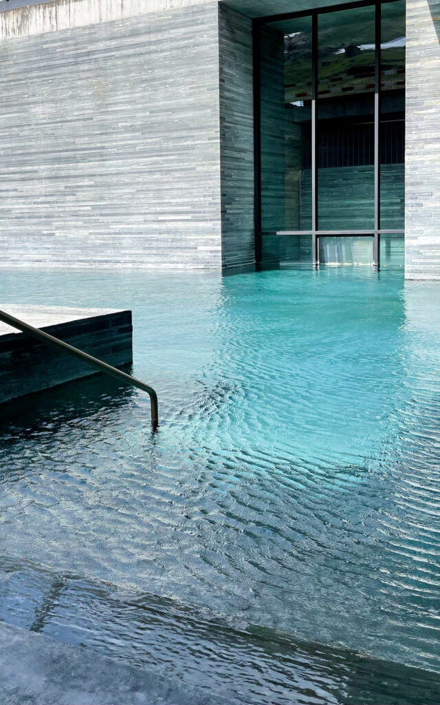 hotels_in_heaven_7132_therme_outdoor_1