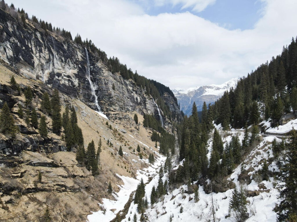 hotels_in_heaven_area_vals