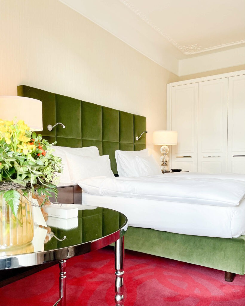 hotels_in_heaven_waldhaus_flims_superior_room