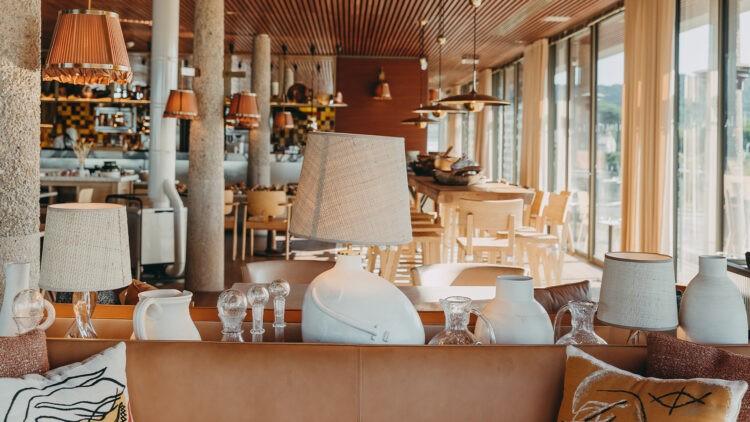 lilyofthevalley-restaurant-interior