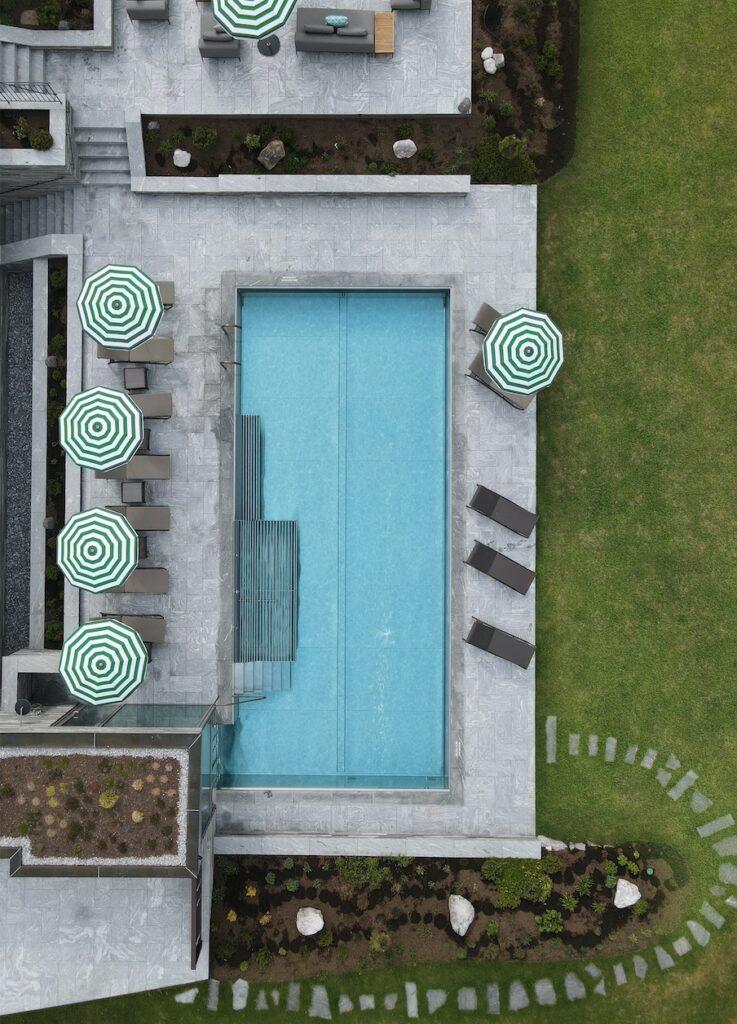 hotels_in_heaven_hotel_arlberg_lech_pool